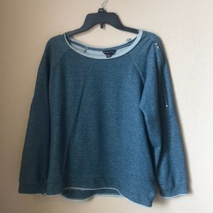 Rock & Republic Women's Sweatshirt 2X